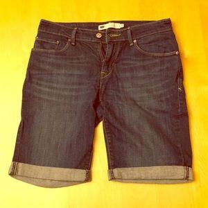 Levi's Bermuda Short with cuff